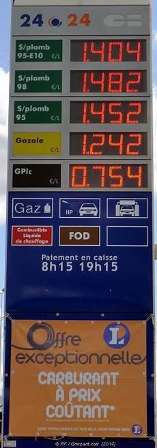 gasoil a prix coutant carburants leclerc 224 prix co 251 tant et totems farceurs