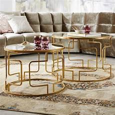 runde couchtische runde couchtische in gold mit eleganten verstrebungen