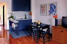 soggiorno con angolo cottura arredamento soggiorno piccolo con angolo cottura idee per la casa
