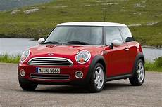Mini Cooper Hatchback Models Price Specs Reviews Cars