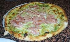 les recettes de pizza italienne pizza aux pistaches de bronte recette italienne