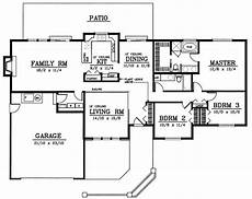 1800 sf house plans traditional style house plan 3 beds 2 baths 1800 sq ft