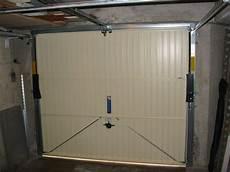 comment programmer une telecommande de porte de garage comment motoriser une porte de garage basculante non