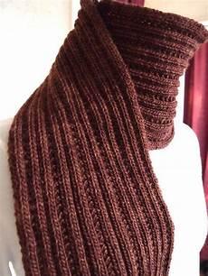 Strickmuster Schal Lochmuster - 10 easy scarf knitting patterns for beginners