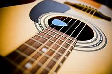 What To Look For In Replacement Acoustic Guitar Strings Ebay