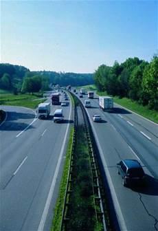 Wie Schnell Darf Auf Der Autobahn Fahren