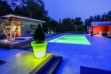 lumiere de piscine piscine 233 clair 233 e bain de minuit ext 233 rieurs design