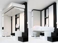 lit suspendu au plafond prix lit plafond literie sur enperdresonlapin