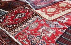 teppich reparieren so teppichbr 252 cken reinigen teppich reinigen teppich ideen
