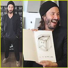 ode to happiness by keanu reeves keanu reeves ode to happiness book signing keanu