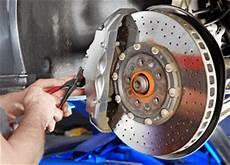 bremsscheiben wechseln g 252 nstige werkstatt finden