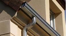 gouttière aluminium prix prix d une goutti 232 re en alu co 251 t moyen tarif de pose