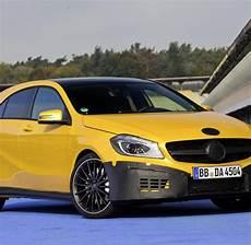 Mercedes A 45 Amg So F 228 Hrt Sich Die Turbo A Klasse Mit