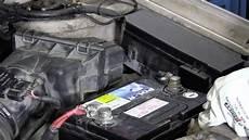 le sur batterie comment changer la batterie d une auto