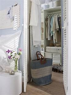 1 Kleiderschrank Kleines Zimmer