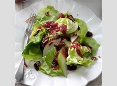 fall pear pecan salad_image