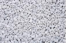 White Pebbles 20 40mm Bulk Bag Nene Valley Paving