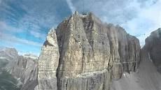 la terrazza delle dolomiti funivia seilbahn sass pordoi salita verso la terrazza