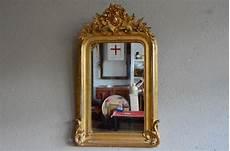 Antiker Franz 246 Sischer Spiegel Mit Goldrahmen Bei Pamono Kaufen