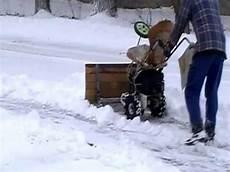 Kopie Schneeschieber Mit 6ps Motor