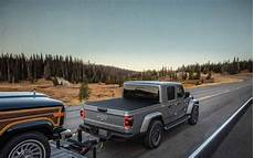 2020 jeep gladiator towing and storage utilities