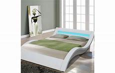 Tete De Lit Design Italien Lit Design Italien 160 Cm En Simili Cuir Blanc Et Bande