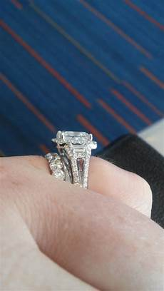 inspirational how does an engagement ring and wedding ring work matvuk com