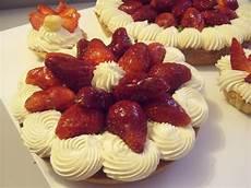 crostata di fragole e crema chantilly una crostata di fragole con immagini ricette di cucina idee alimentari fragole
