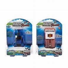 circuit magic tracks voiture circuit magic tracks lot 2 voitures m6 boutique