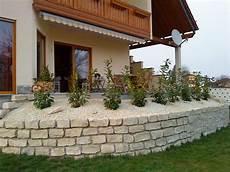 terrassen am hang terrasse balkon terrasse mediterranes haus zimmerschau