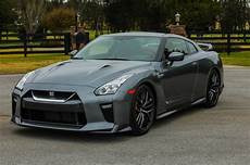 Nissan Gtr Nismo 2018 - 2018 nissan gt r adds less expensive trim level