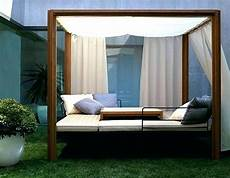 modern outdoor daybed with canopy tagesbett moderner