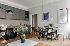 how to decorate small living room apartment how to decorate a small apartment 10 secrets gathering