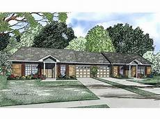 multi family house plans duplex multi family house plans one story duplex plan 025m