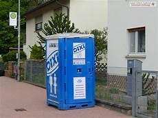arme bauarbeiter in sandhausen bis zum n 228 chsten dixi klo