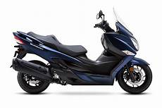 2019 Suzuki Burgman 650 by 2019 Suzuki Burgman 400 Abs Guide Total Motorcycle
