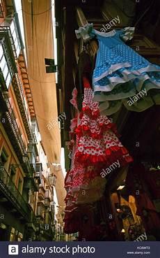 Alte Kleidung Verkaufen - toledo spanien bunte flamenco kleider f 220 r den verkauf in