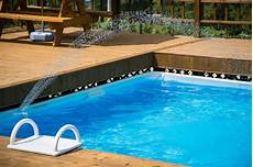 swimmingpool luxus im eigenen swimmingpool garten luxus was kostet ein swimmingpool im