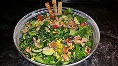 gewächshaus gurken und tomaten putensalat mit tomaten gurken mais und