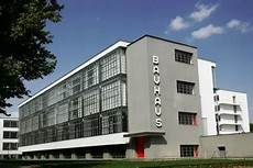 art and architecture mainly the bauhaus school at dessau