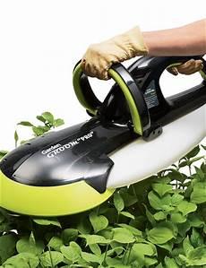 Garden Groom Pro Hedge Trimmers Buy From Gardener S Supply