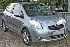 File Toyota Yaris 1 3 Vvt I Front Jpg