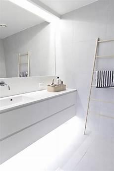 minimalist bathroom design ideas 45 stylish and laconic minimalist bathroom d 233 cor ideas digsdigs