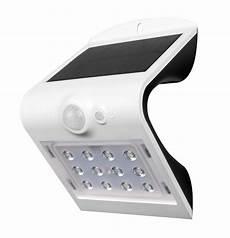 luceco lexs22w40 solar guardian 1 5w wall light with pir