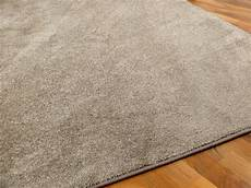teppich taupe hochflor velours teppich triumph taupe in 24 gr 246 223 en