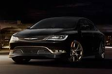 2016 chrysler 200 reviews research 200 prices specs motortrend