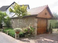 sandsteinmauerwerk garage schuppen natur stein