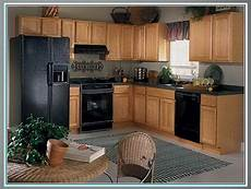 kitchen paint colors with oak cabinets and black appliances kitchen paint colors with oak cabinets and black appliances bedroom colour schemes