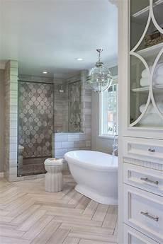 gardinen badezimmer die besten 25 gardinen badezimmer ideen auf pinterest