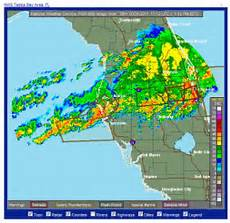 Wetter In Florida - dozens trapped inside collapsed lakeland hangar at
